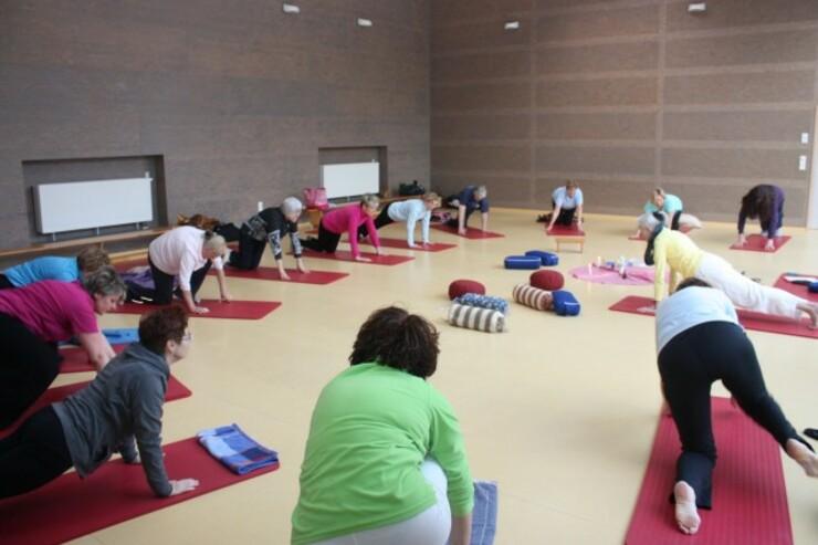 yoga023